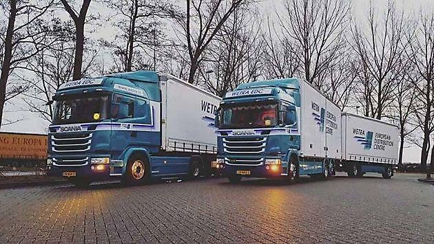 Een nieuwe aanwinst: raamlijsten met led! - Truckinterieur De Regt |  Vrachtwagenbekleding voor Scania, Volvo en DAF | Stadskanaal